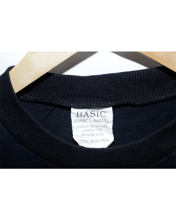 Basic Casual Tshirt Black Latest Shoulder Button Style with Back Print Round Neck Cotton T-Shirt