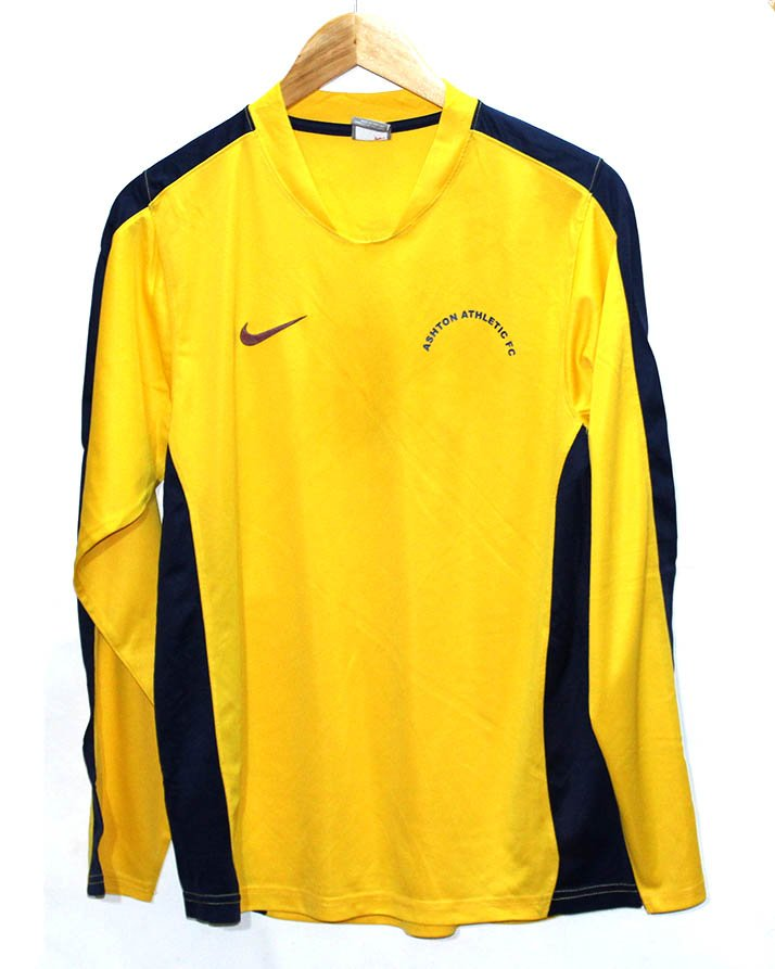 competitive price 7dd45 ffacd Nike Branded Original Yellow Sport T-Shirt For Men